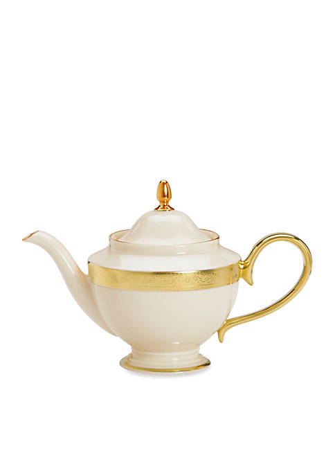 Westchester Dinnerware Teapot with Lid