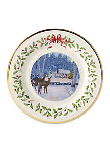 2018 Holiday Collector Plate Outdoor Cabin Forest, 28th Edition