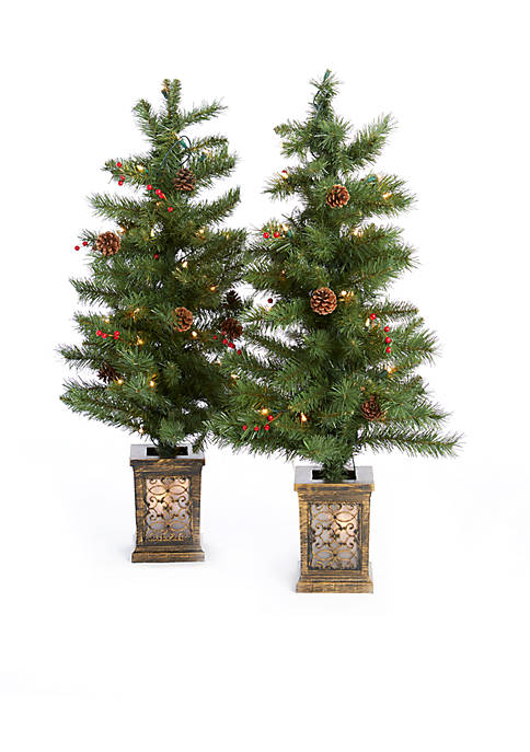 picks article traditional with creative porches for mini berry and entertain ideas ornaments decorate trees decorated decor front christmas porch tree