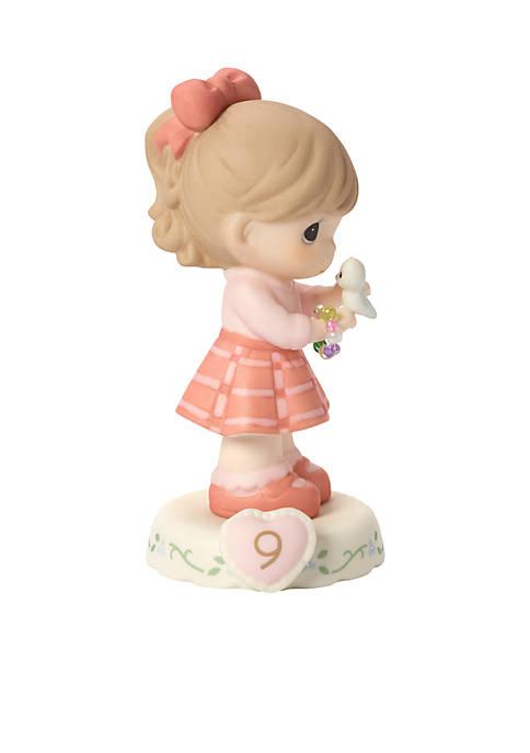 Brunette Girl With Bracelet Age 9 Figurine