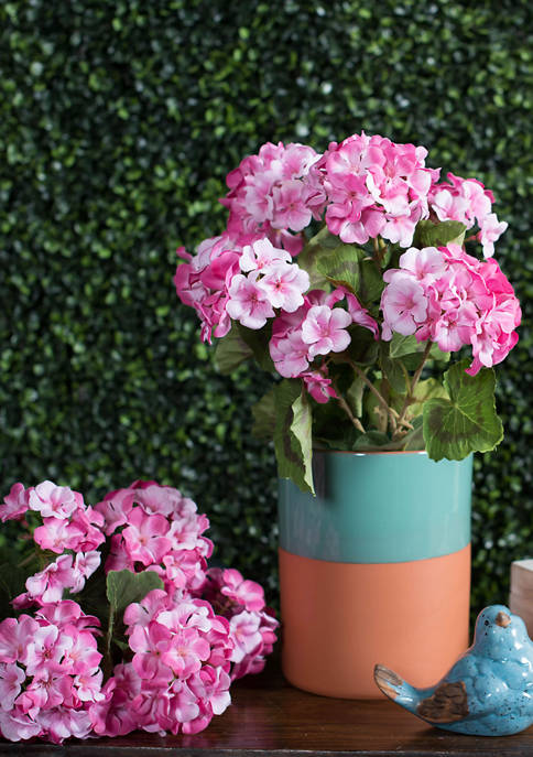 Vickerman Light Pink Geranium Bush