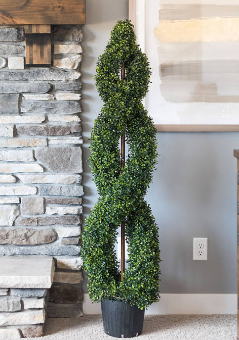 Vickerman Boxwood Double Spiral Topiary in Plastic Pot