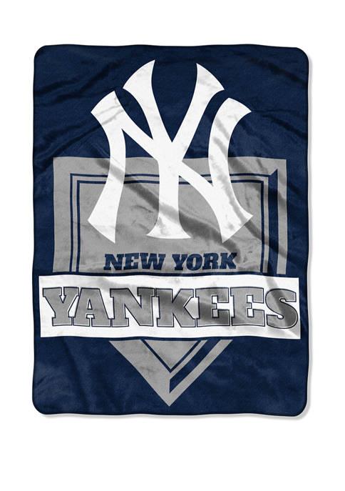 MLB New York Yankees Home Plate Raschel Throw Blanket