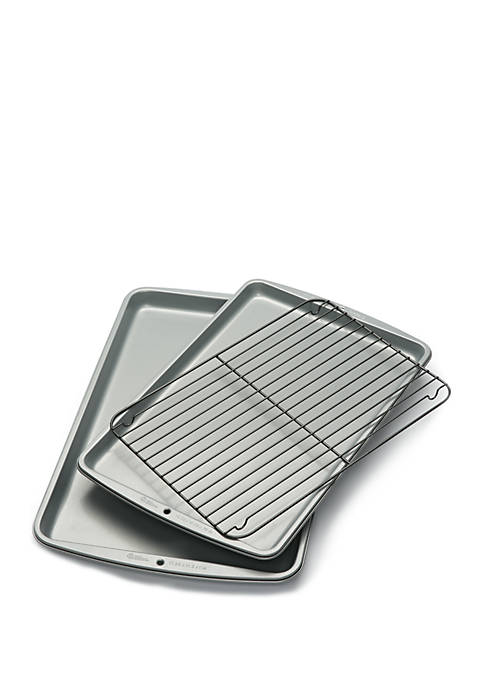 Wilton 2-Piece Cookie Sheet Set with Grid