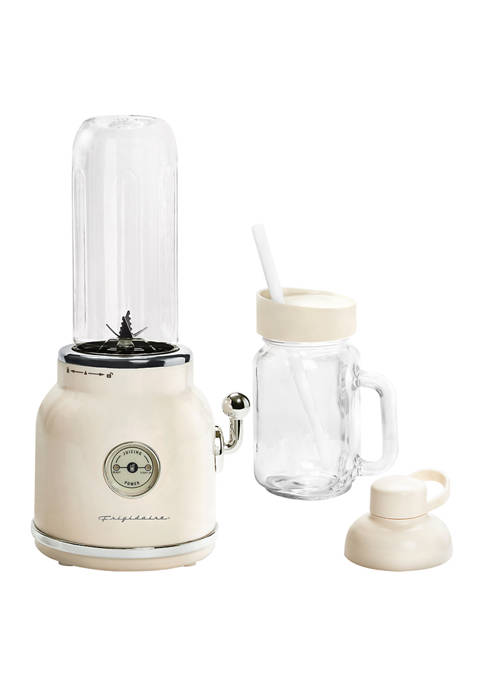 Frigidaire Retro Inspired Cream Smoothie Maker