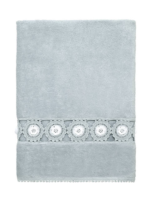 Avanti Crochet Deerfield Bath Towel