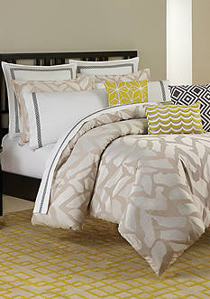Trina Turk Giraffe Bedding Collection