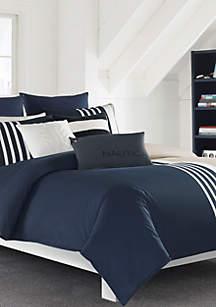 Aport Comforter Set