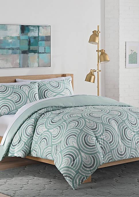Vue Frenchy Reversible Queen Comforter Set
