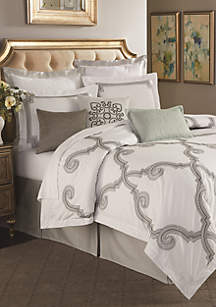 Stuyvesant Bedding Collection