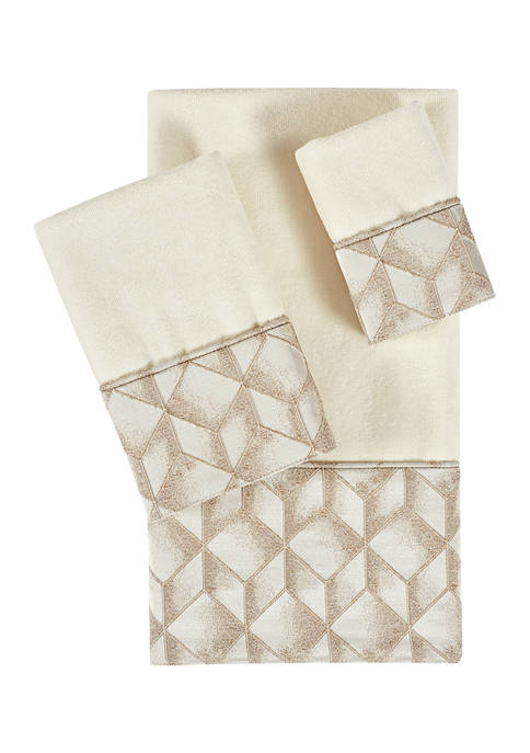 J Queen New York Horizons Bath Towel Collection