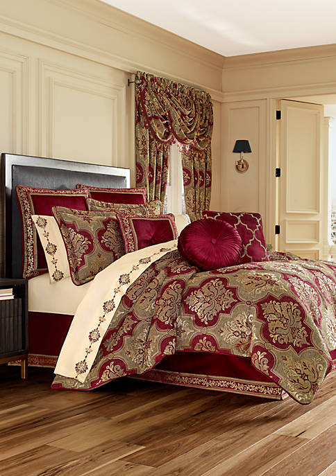 J Queen New York Maribella Crimson Comforter Set