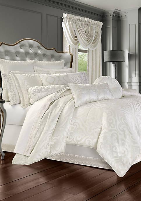 J Queen New York Cordelia White 4 Piece