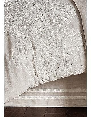 J Queen New York Lauralynn Comforter, J Queen New York Bedding Lauralynn