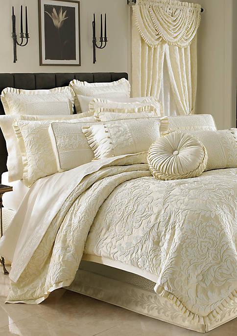 J Queen New York Marquis Comforter Set