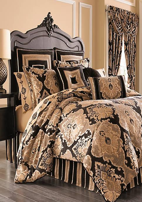 J Queen New York Bradshaw Comforter Set