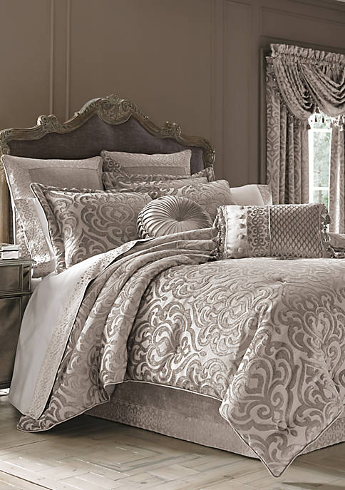 J Queen New York Sicily Comforter Set