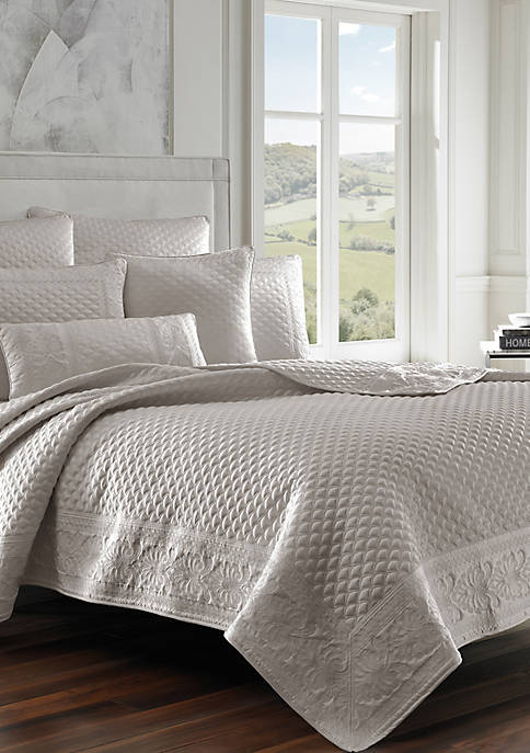 J Queen New York Zilara Coverlet