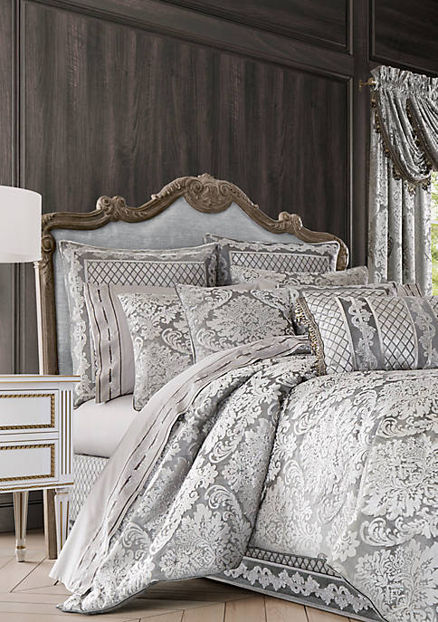 J Queen New York Bel Air Comforter Set