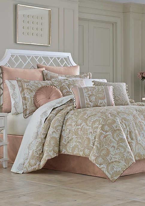 J Queen New York Caitlin Comforter Set