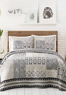Jessica Simpson Ebony & Ivory Quilt Collection