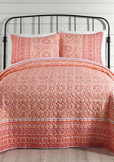 Mosaic Border Full/Queen Quilt 88-in. x 90-in.