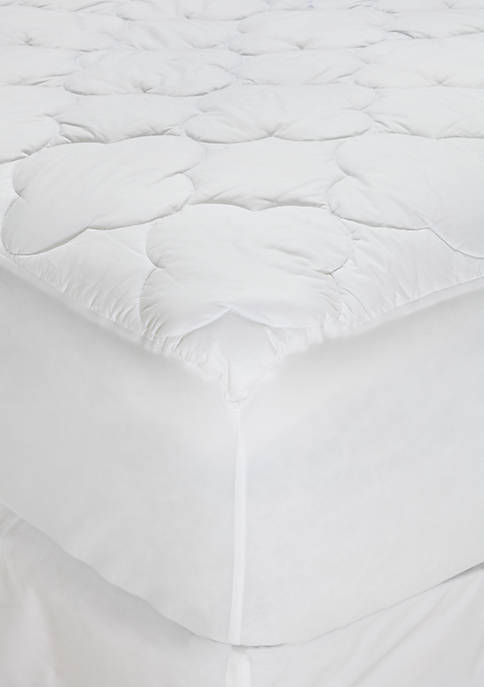 Crown & Ivy™ Clover Quilted Mattress Pad