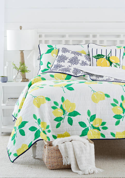 Crown & Ivy™ Kelsey Quilt