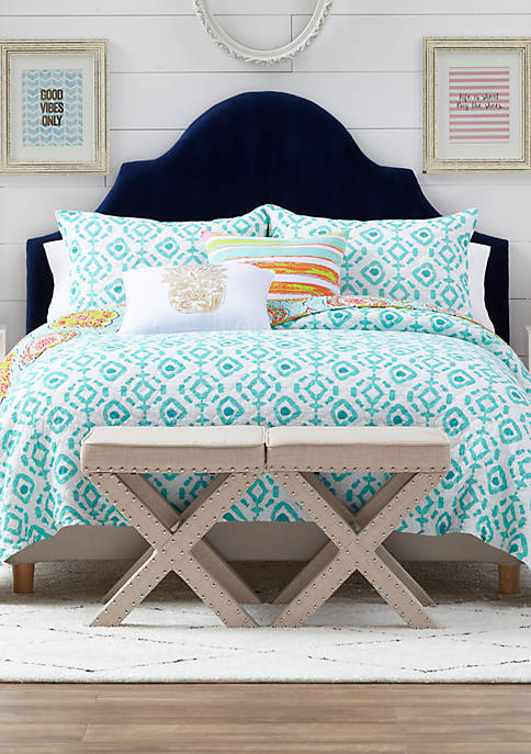 Crown & Ivy™ Georgia Quilt