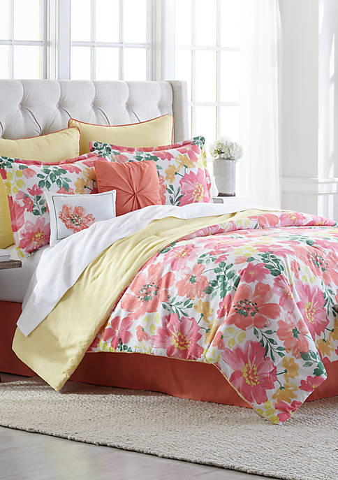 Modern. Southern. Home.™ Camila 8 Piece Comforter Bed