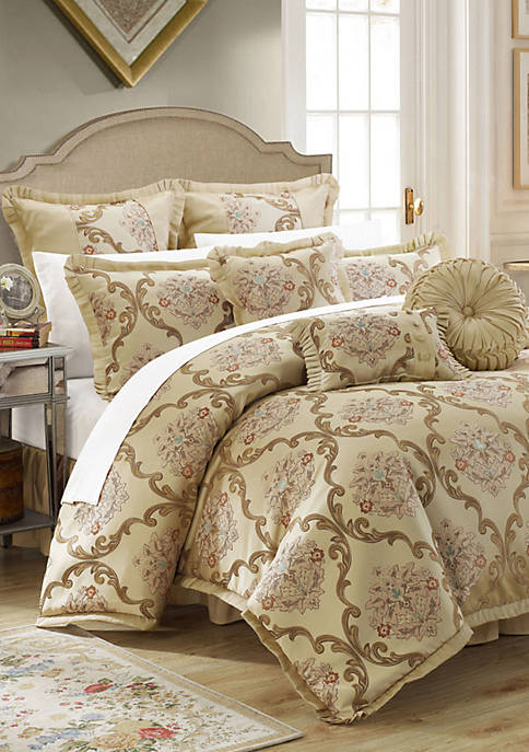 Chic Home Aubrey Comforter Set
