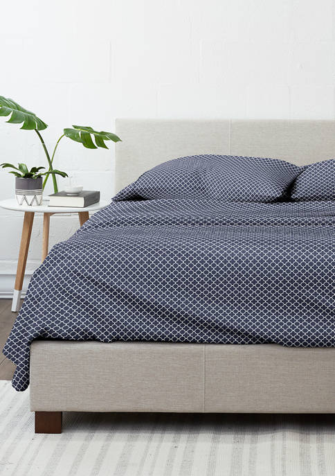 Luxury Inn Premium Ultra Soft Quadrafoil Pattern Bed