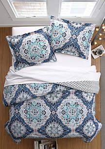 Modern. Southern. Home.™ Amelia Comforter Set
