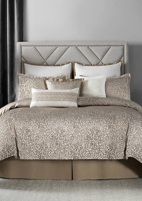 Laundry by Shelli Segal Sonora Leopard Woven Comforter