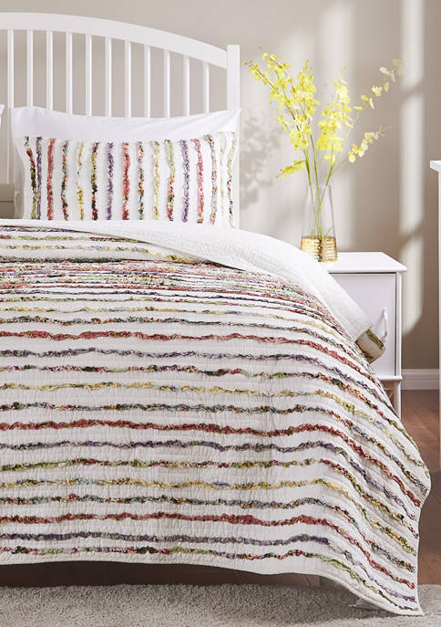 Greenland Home Fashions Bella Ruffle Quilt and Pillow