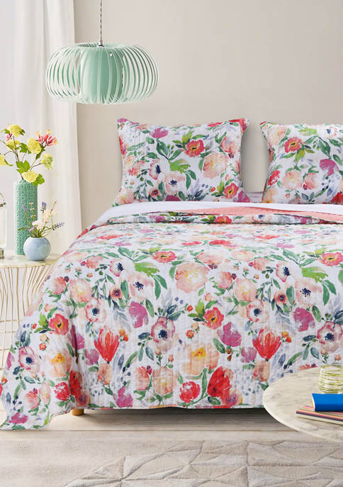 Barefoot Bungalow Blossom Quilt and Pillow Sham Set