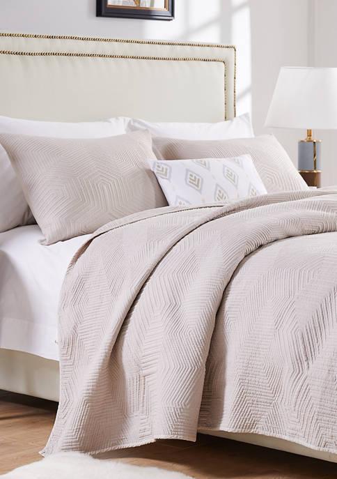 Barefoot Bungalow Parker Quilt and Pillow Sham Set