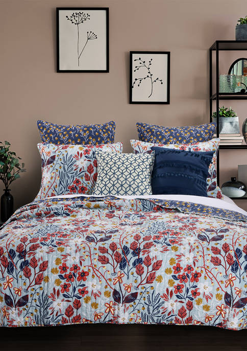 Barefoot Bungalow Perry Quilt and Pillow Sham Set