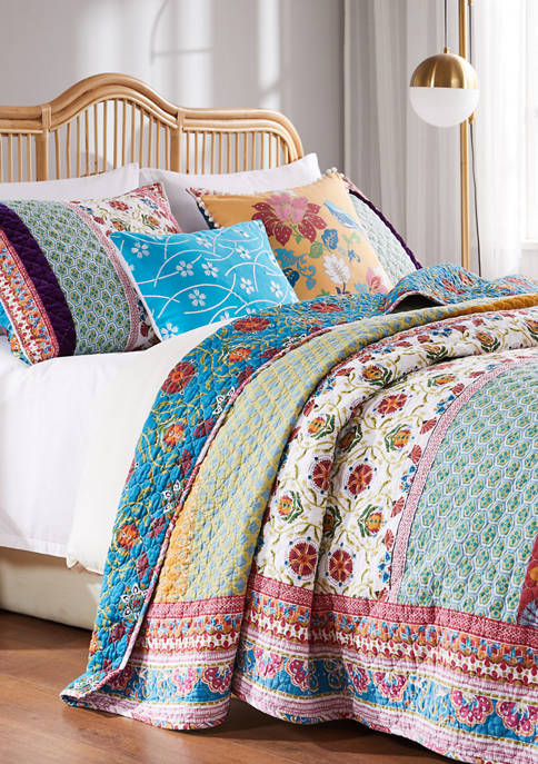 Thalia Quilt and Pillow Sham Set