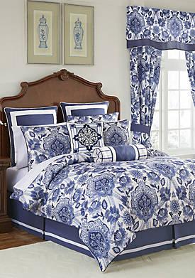 Leland Comforter Set