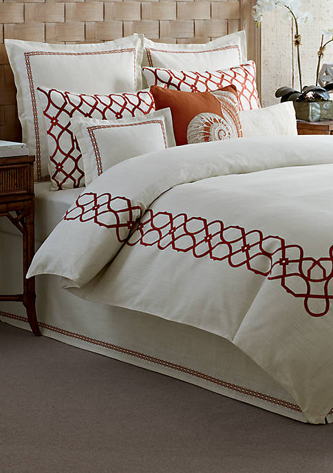 Embroidered Trellis Crimson King Duvet 92-in. x 107-in.