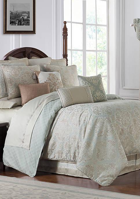 Gwyneth Comforter Set