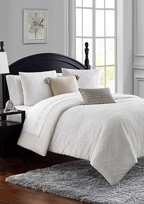 Madelaine Cotton Matelasse Medallion 3 Piece Comforter Set