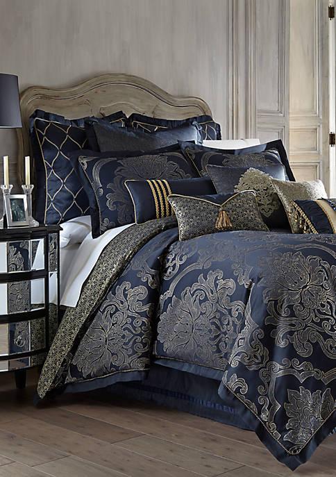 Vaughn Comforter Set