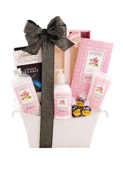Alder Creek Gift Baskets Lavish Spa Gift Basket