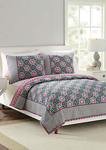 Floral Medallion Quilt Collection