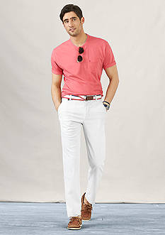 IZOD Chatham Clique Fashion Tee & Belted Newport Oxford Pants