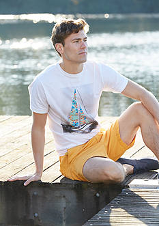 Crown & Ivy™ Short Sleeve Sailboat Graphic Tee & Stretch 7-in Twill Shorts Collection